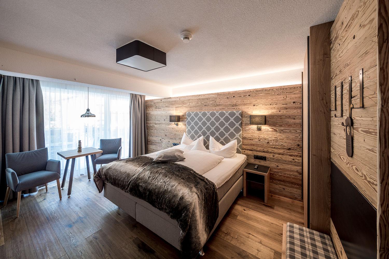 das post hotel see urlaub im hotel bei ischgl. Black Bedroom Furniture Sets. Home Design Ideas